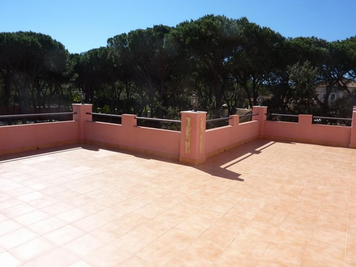 Villa – Detached in Hacienda Las Chapas,Costa del Sol for sale