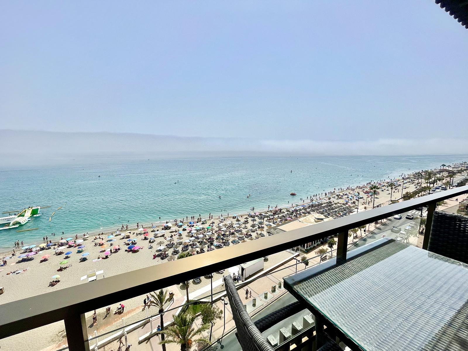 Stunning Sea Views 3 Bedrooms Apartment near Fuengirola Centre!