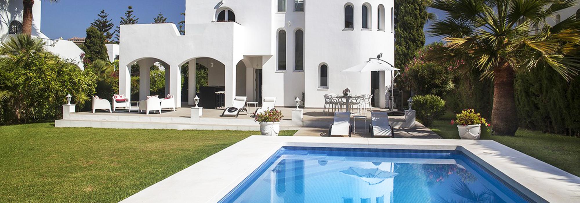 Fantastic Frontline Golf Luxury Villa in Nueva Andalucía