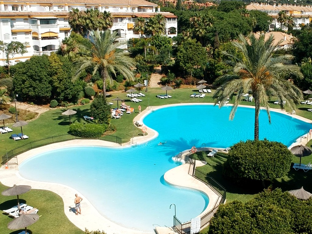 Apartment – Ground Floor in Puerto Banús,Costa del Sol for week