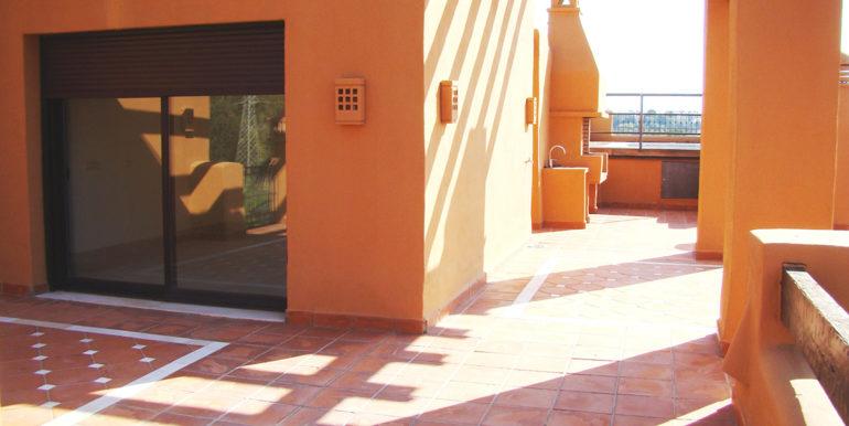 penthouse-alzambra-hill-club-9