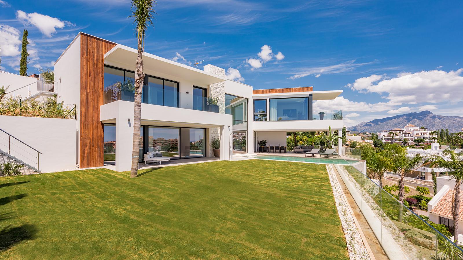 6 bedroom contemporary Villa in La Alquería