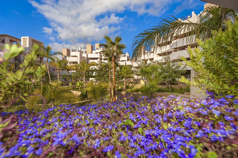 Wonderful Apartment in Frontline Beach Gated Complex of Bahia de la Plata, Estepona