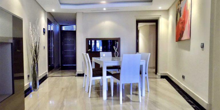 apartment-frontline-beach-estepona-17