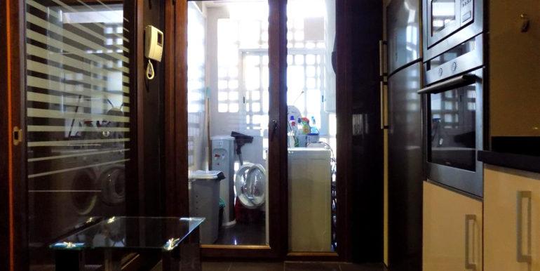 apartment-frontline-beach-estepona-19