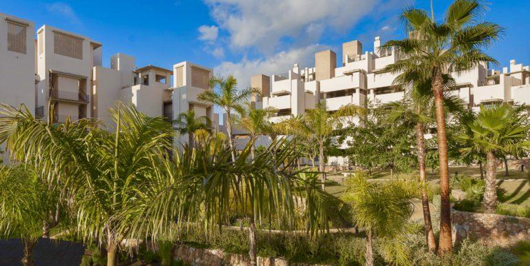 apartment-frontline-beach-estepona-3