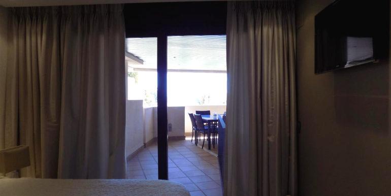 apartment-frontline-beach-estepona-32