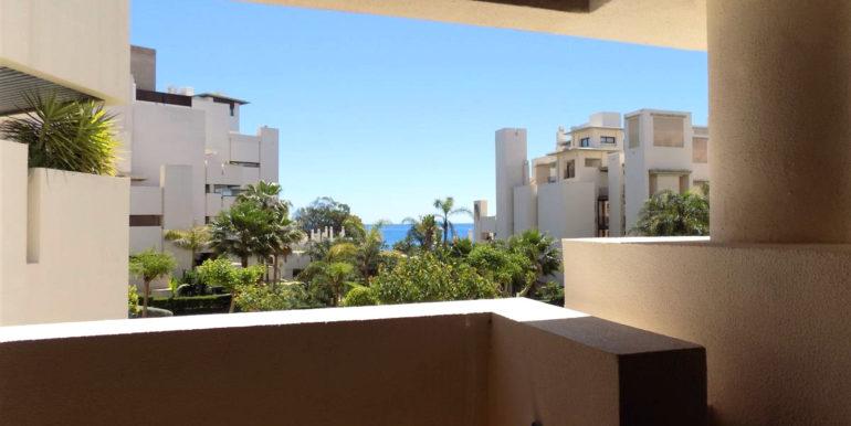 apartment-frontline-beach-estepona-6