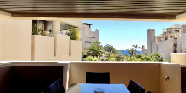 apartment-frontline-beach-estepona-7