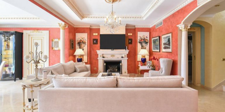 classic-villa-marbella-norwegian-estates-15