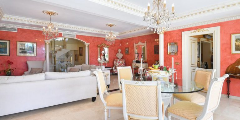 classic-villa-marbella-norwegian-estates-17