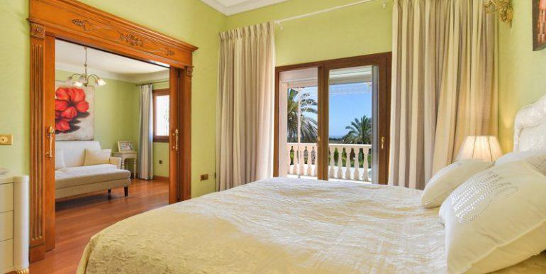 classic-villa-marbella-norwegian-estates-21