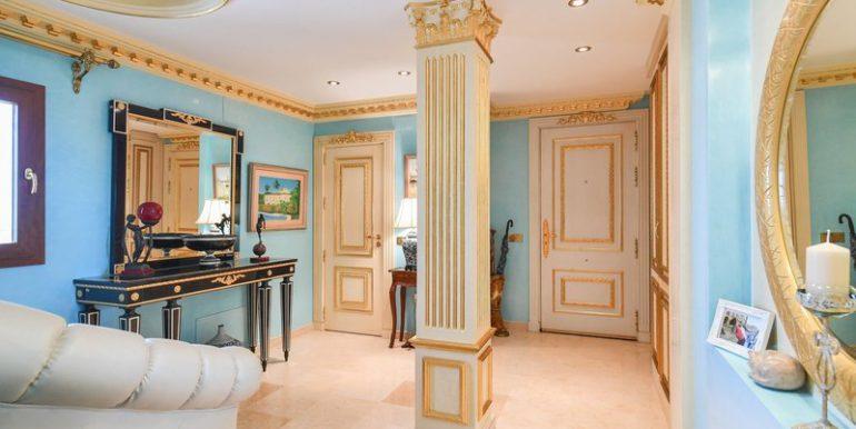 classic-villa-marbella-norwegian-estates-23