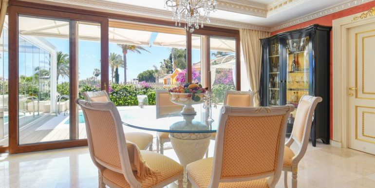 classic-villa-marbella-norwegian-estates-25