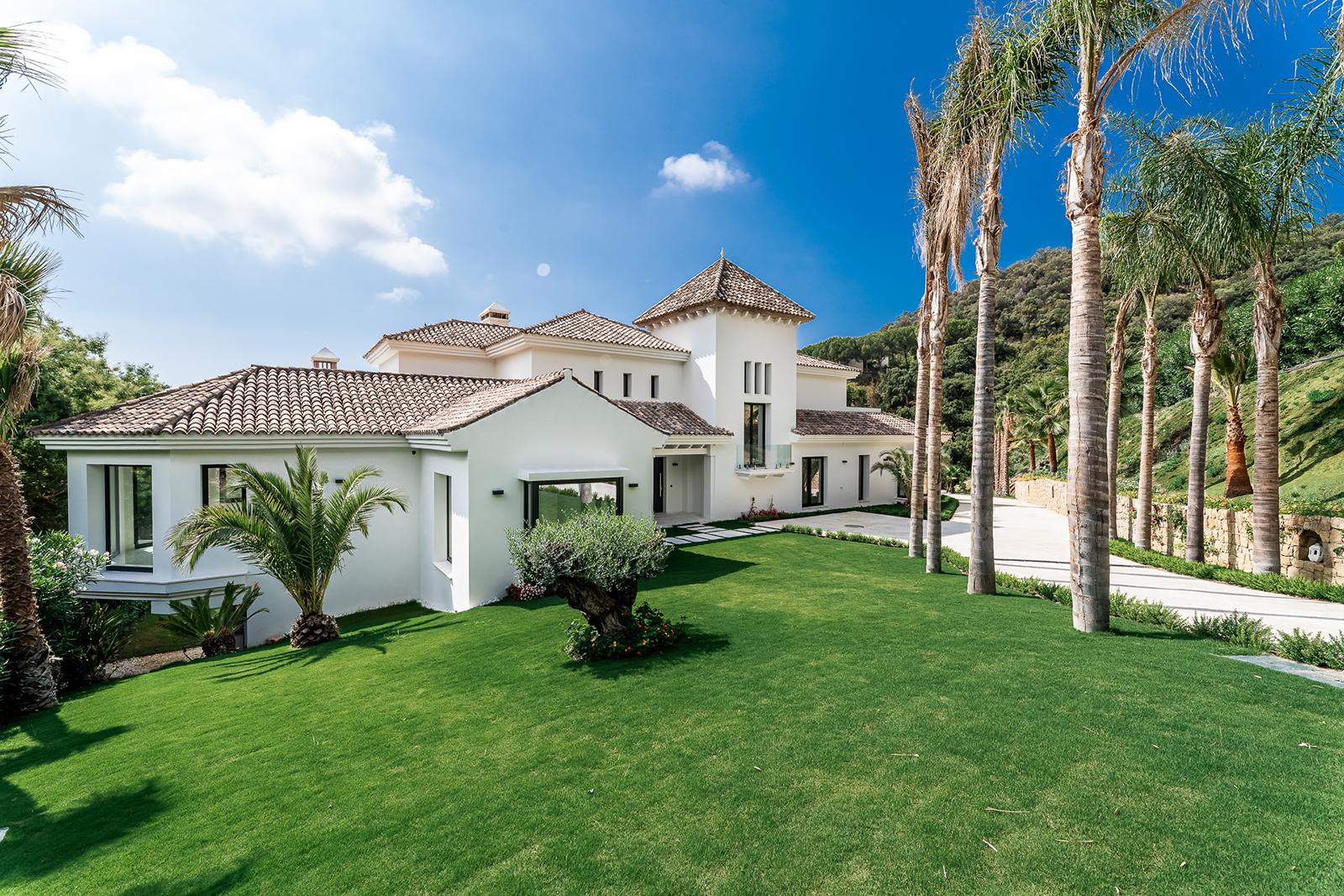 Charming New Luxury Villa in La Zagaleta