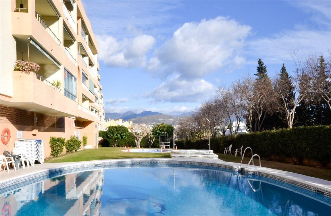 Investment opportunity – Apartment close to Centro Plaza in Puerto Banús