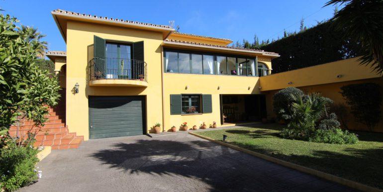 villa-golf-guadalmina-norwegian-estates-31