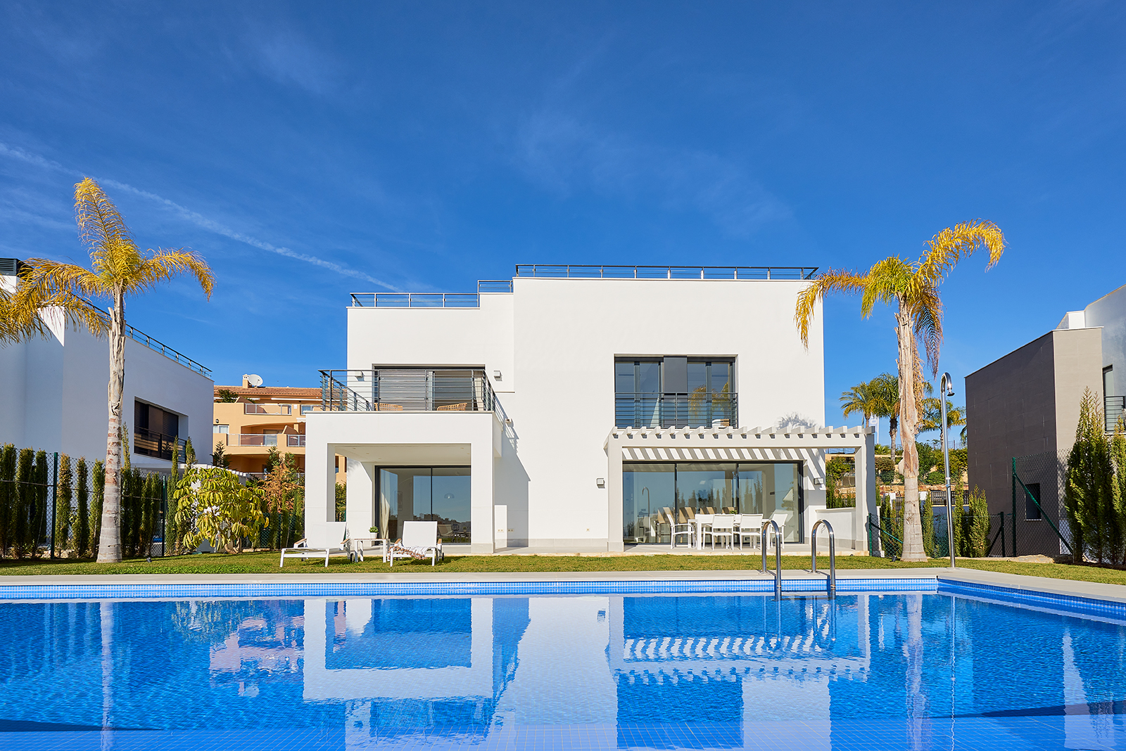 Modern New Villa Built in the New Golden Mile!
