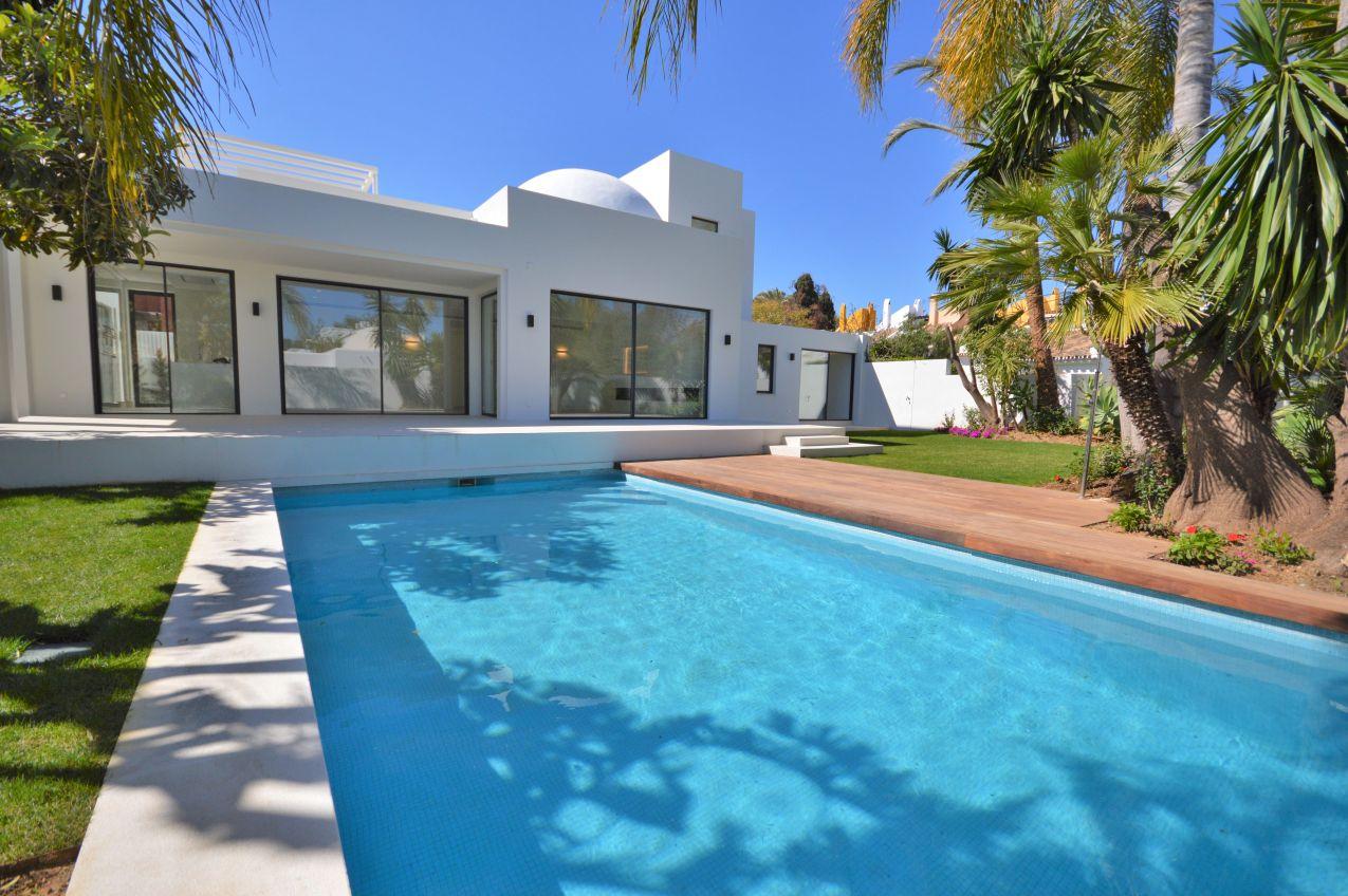 Hermosa Villa Reformada a 5 minutos de Puerto Banús