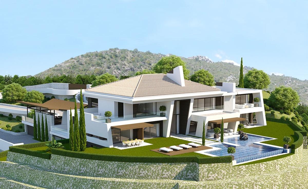 Plot of 5.216 M2 with Villa Project in La Zagaleta