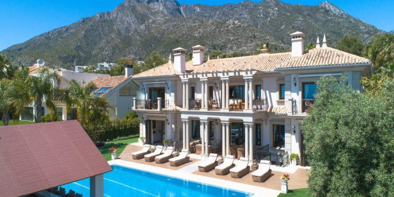 villa-sierra-blanca-norwegian-estates-1