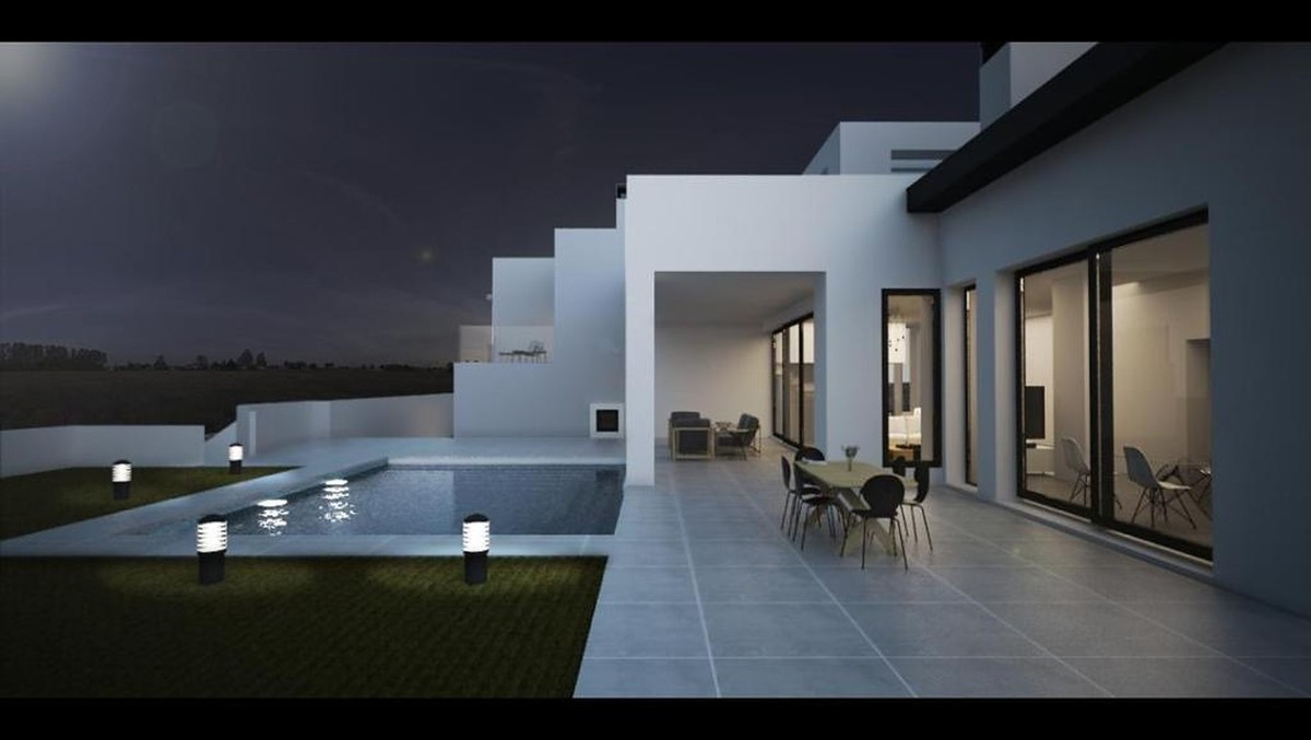 Wonderful Plot with Villa Project, Sea Views & Walking Distance to the Beach in Riviera del Sol