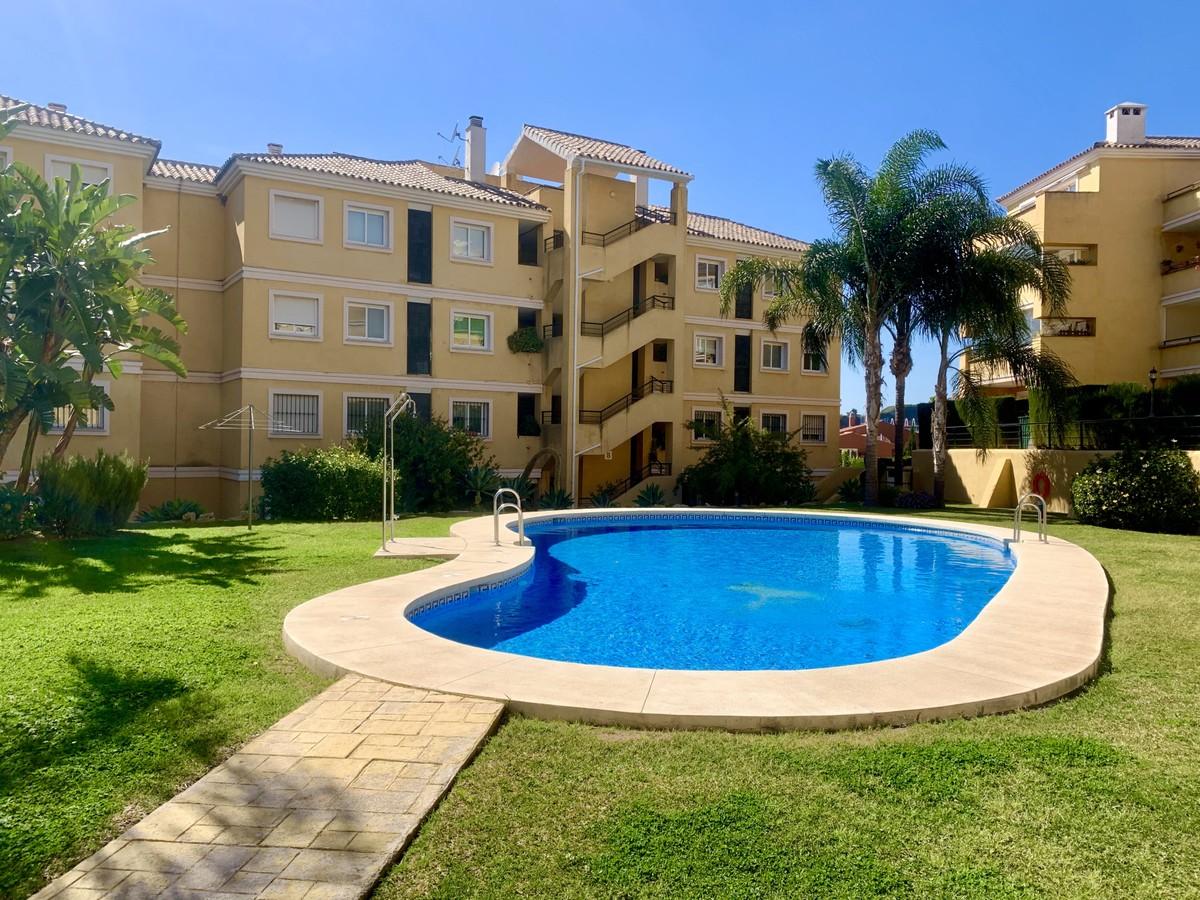 Bright Apartment with Sea Views in Riviera del Sol