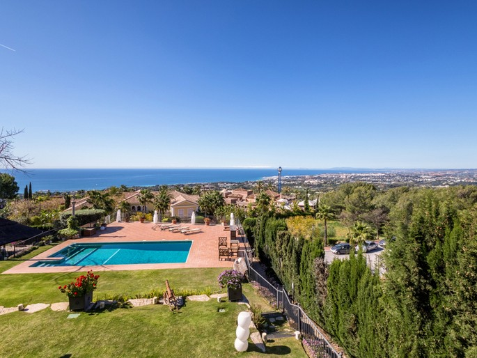 Fantastic Luxury Villa in Sierra Blanca with Stunning Views of the Sea, Gibraltar and the African Coast.