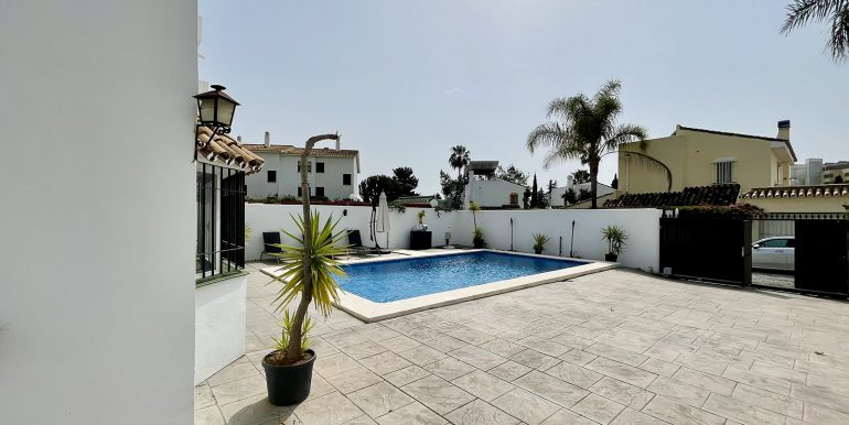 villa-atalaya-norwegian-estates-costa-del-sol-11