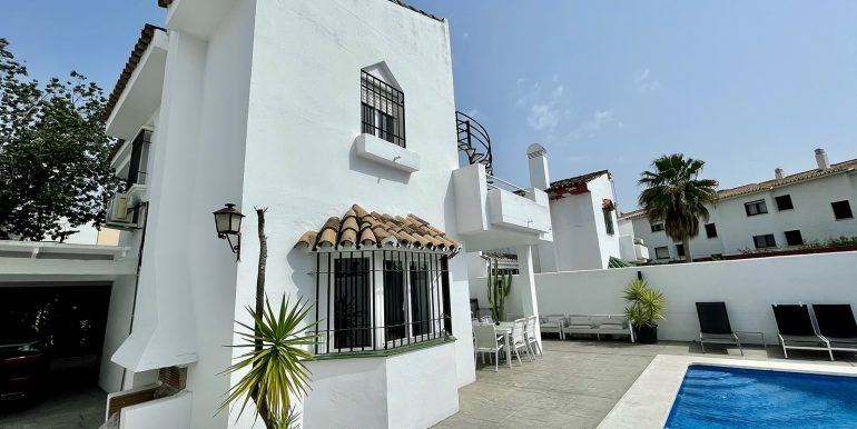 villa-atalaya-norwegian-estates-costa-del-sol-12