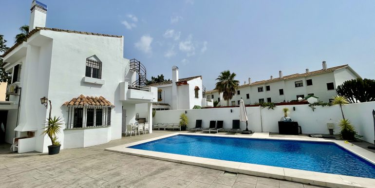 villa-atalaya-norwegian-estates-costa-del-sol-15