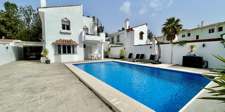 villa-atalaya-norwegian-estates-costa-del-sol-16