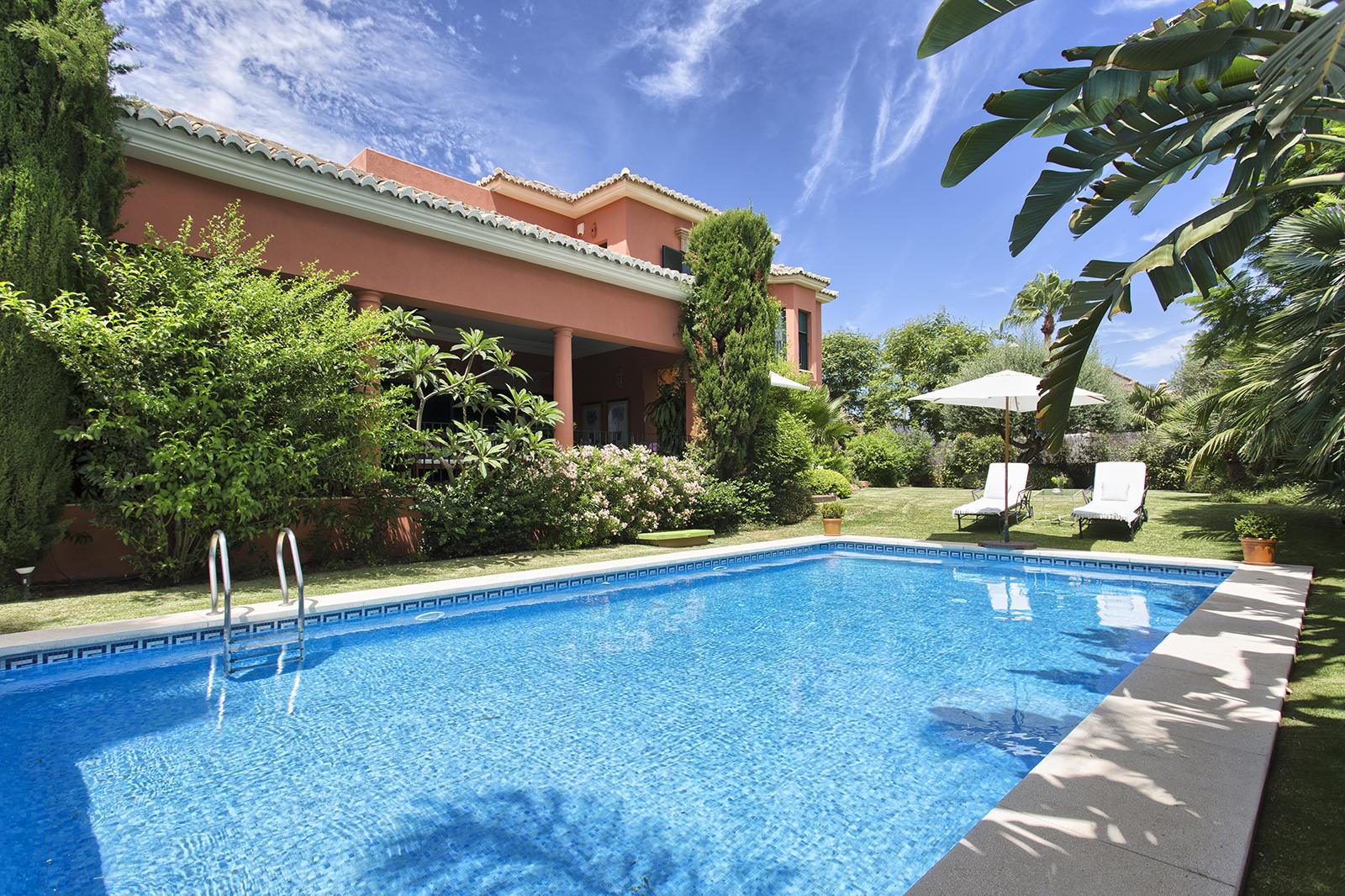 Impressive villa in the best location on Marbella's Golden Mile