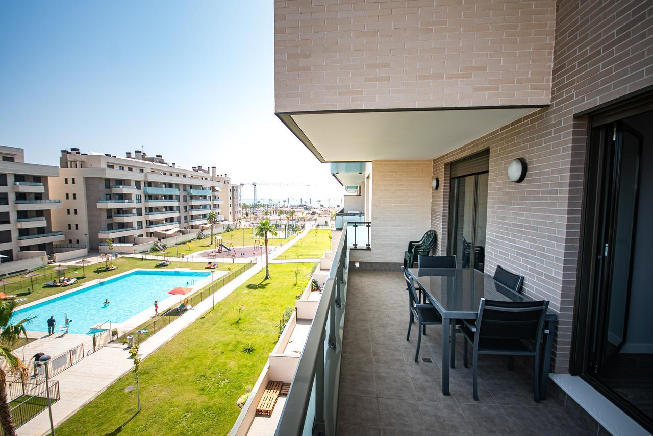 Unique 2 Bedroom Apartment on the Beachfront in Torremolinos