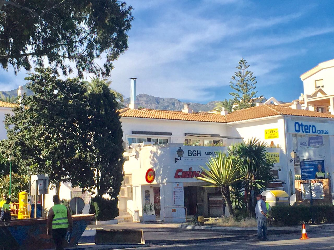 Commercial centre for sale in The golden Mile