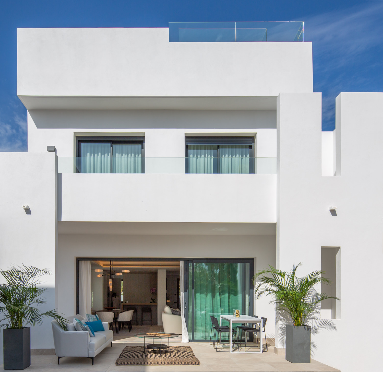 Luxury Modern Townhouses in Nueva Andalucía