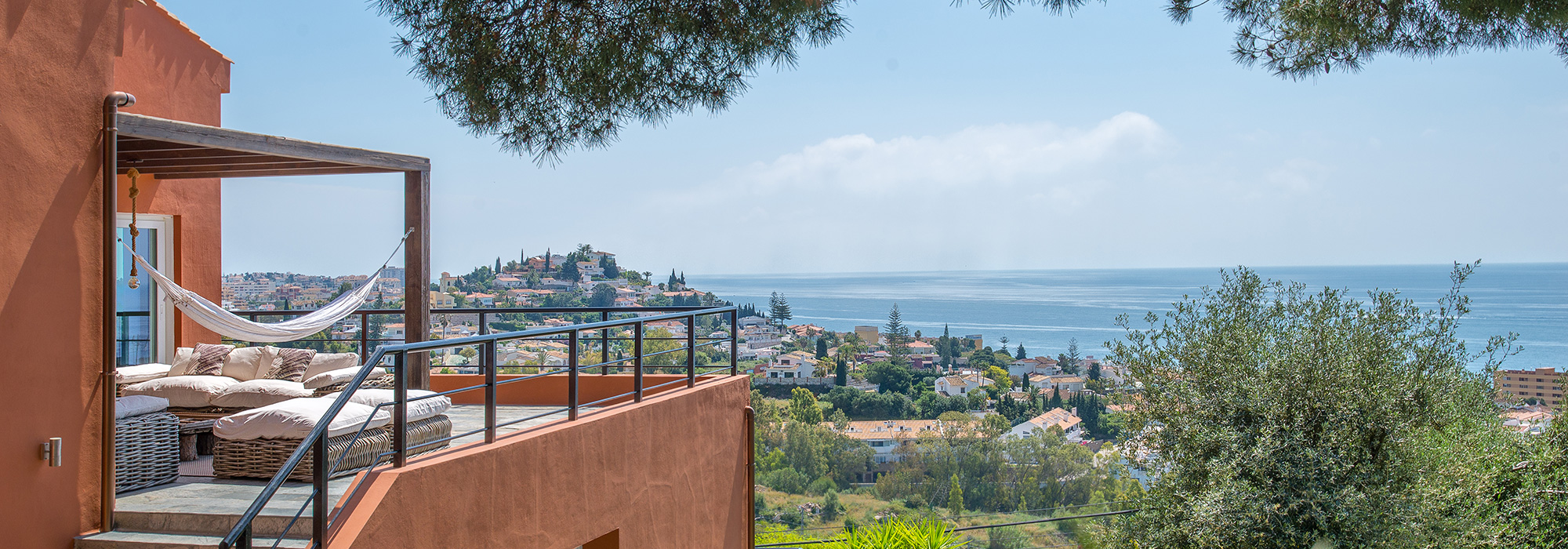 Perfect & Unique Family with Unbeatable Sea Views in Benalmádena Costa