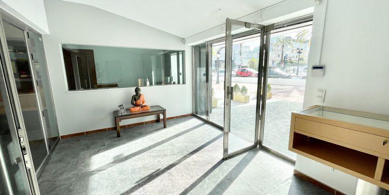 puerto-banus-shop-for-sale-norwegian-estates-1