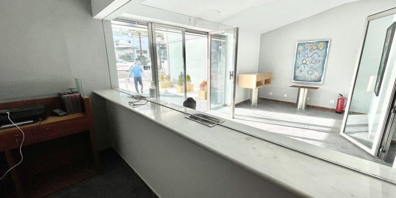 puerto-banus-shop-for-sale-norwegian-estates-12