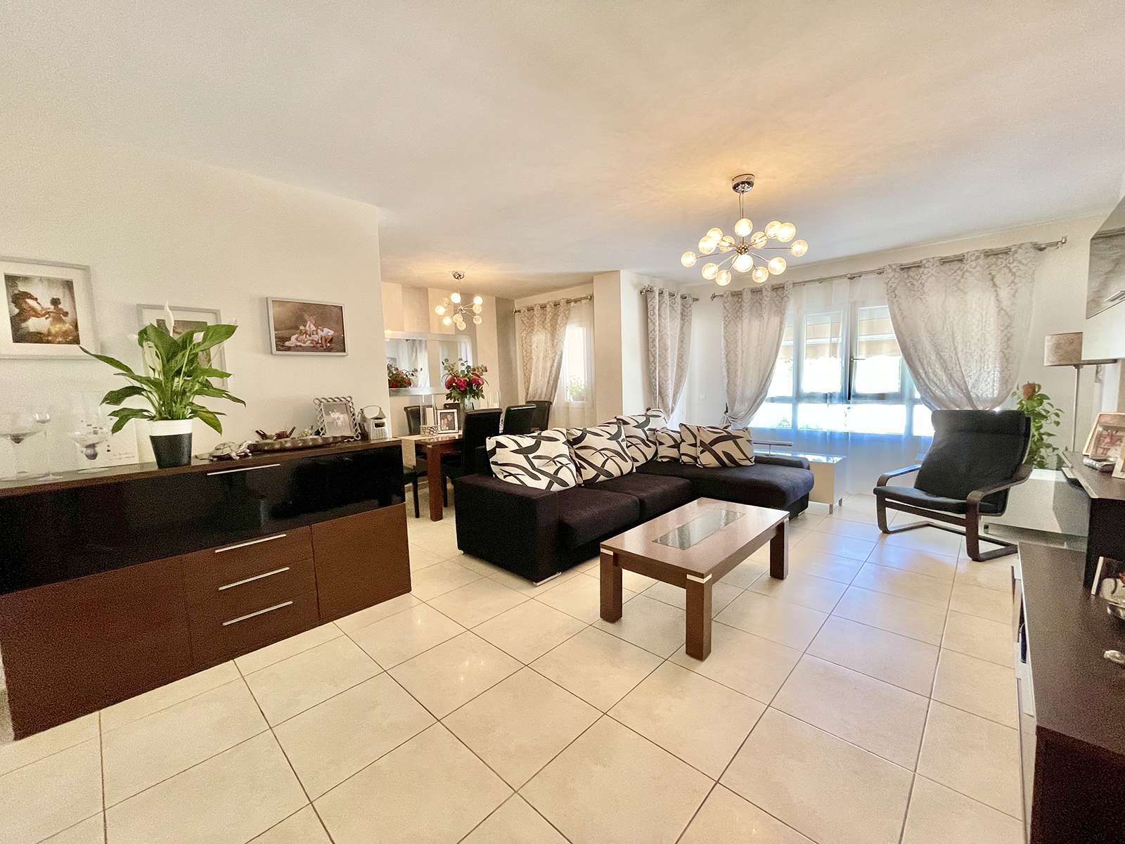 Fantástico Apartamento de 3 Dormitorios en Nueva Andalucía