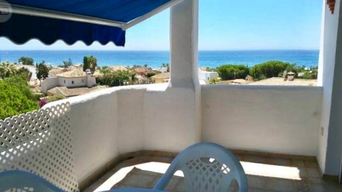 Penthouse with Sea Views in El Rosario