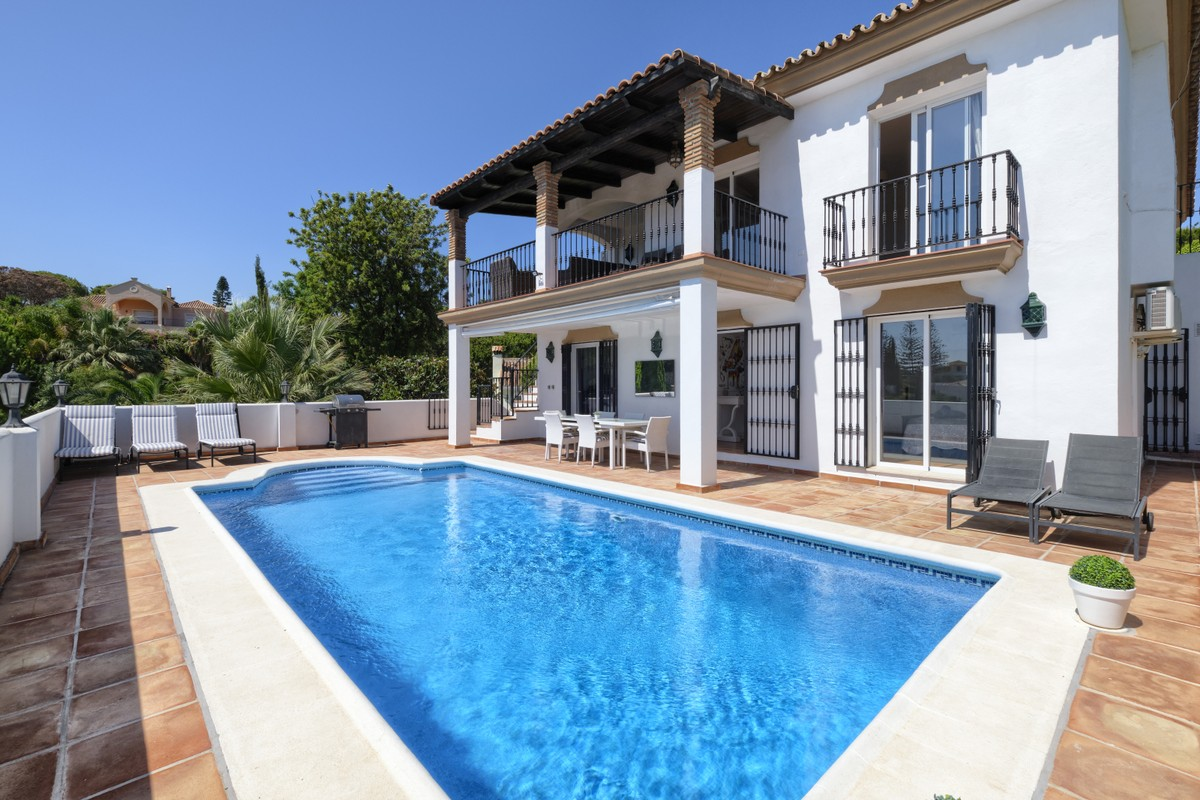 5 Bedrooms Villa in El Rosario