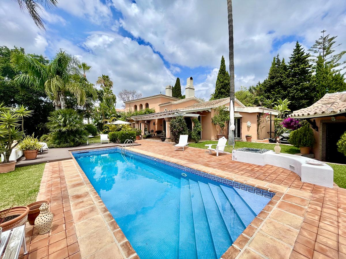 Adorable villa con orientación suroeste en La Quinta