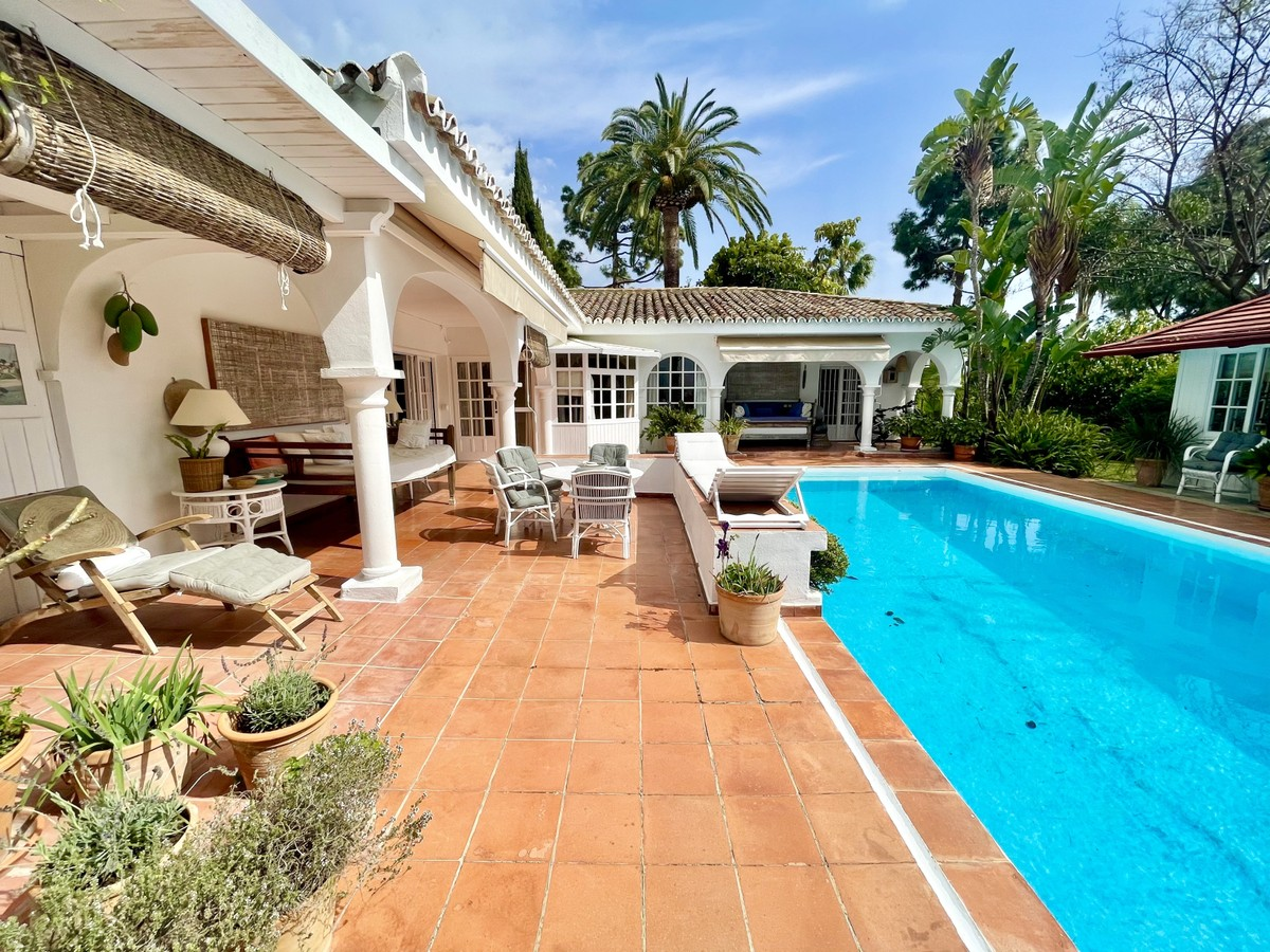Charming Villa on a Large Plot in East Marbella