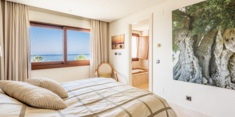 penthouse-beach-estepona-norwegian-estates-13