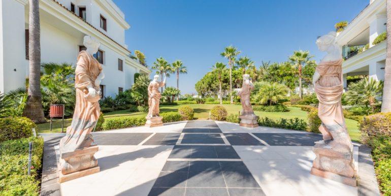 penthouse-beach-estepona-norwegian-estates-23