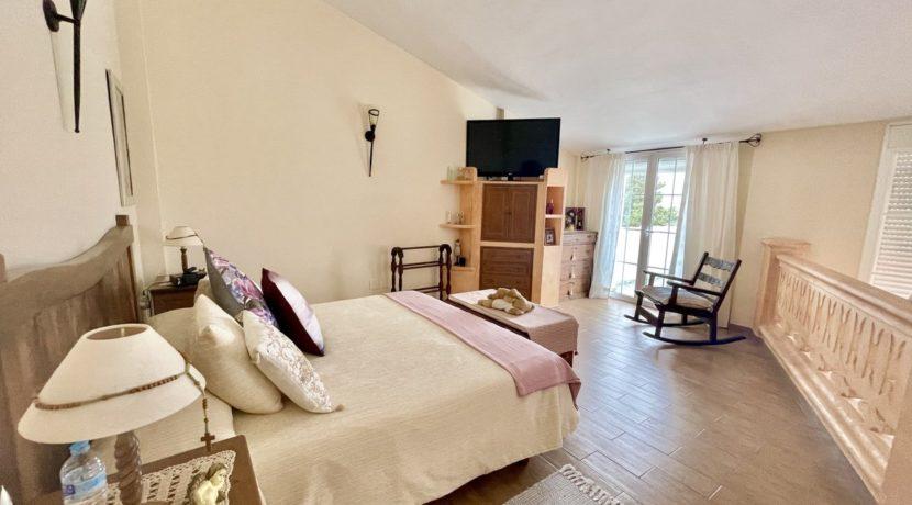 villa-elviria-norwegian-real-estates-19