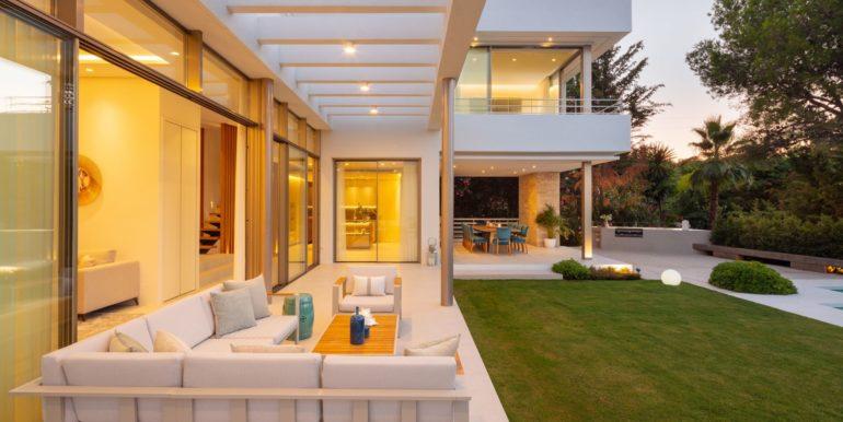 villa-golden-mile-marbella-norwegian-estates-24