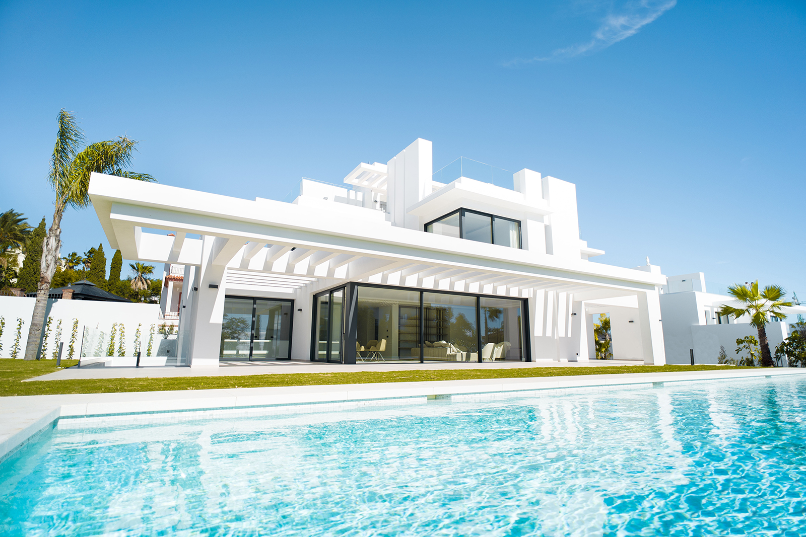 New Contemporary Villa in Los Flamingos