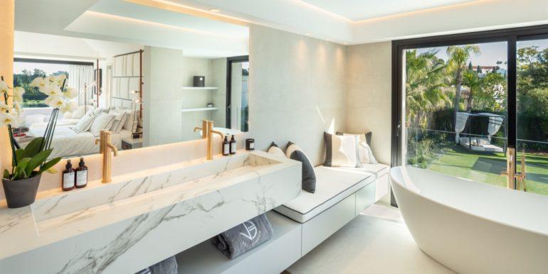 villa-sierra-blanca-marbella-norwegian-real-estate-16